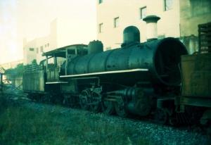 Locomotiva 520 no pátio da Oficina de Cruzeiro