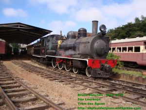 Locomotiva 327 em São Lourenço