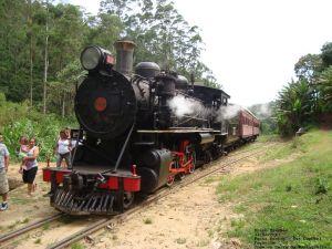 332 na Estação Coronel Fugêncio, Trem da Serra da Mantiqueira