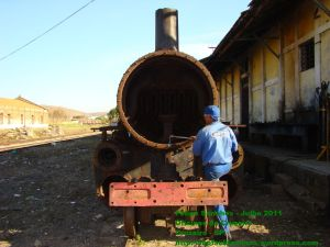 Desmontagem da caixa de fumaça