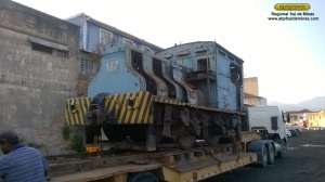 A locomotiva aguardando o desembarque