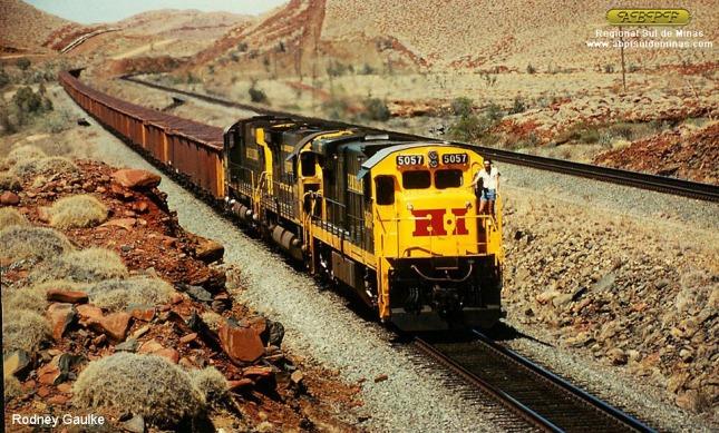 Já em serviço, a 5057 liderando trem de minério de ferro na Hamersley Iron Railroad, na Austrália em 11/12/1983. Foto: Rodney Gaulke