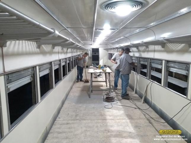 Finalização da montagem das placas de revestimento internas